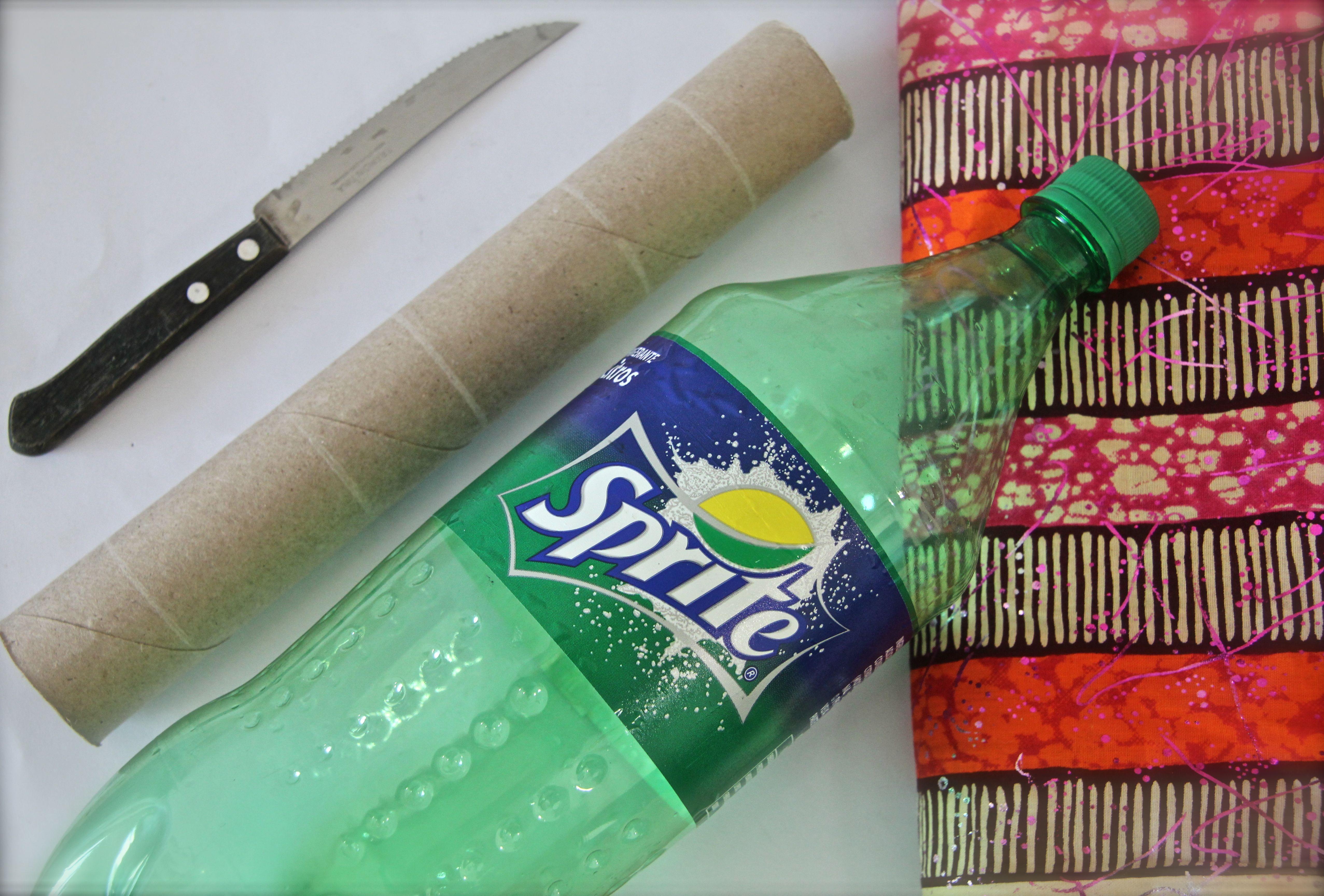 DIY Recycled Bracelet Holder | Simply Deanna